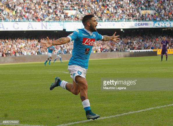 Lorenzo Insigne of Napoli celebrates after scoring the opening goal during the Serie A match between SSC Napoli and ACF Fiorentina at Stadio San...