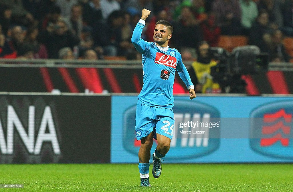 <a gi-track='captionPersonalityLinkClicked' href=/galleries/search?phrase=Lorenzo+Insigne&family=editorial&specificpeople=7486481 ng-click='$event.stopPropagation()'>Lorenzo Insigne</a> of SSC Napoli celebrates his goal during the Serie A match between AC Milan and SSC Napoli at Stadio Giuseppe Meazza on October 4, 2015 in Milan, Italy.
