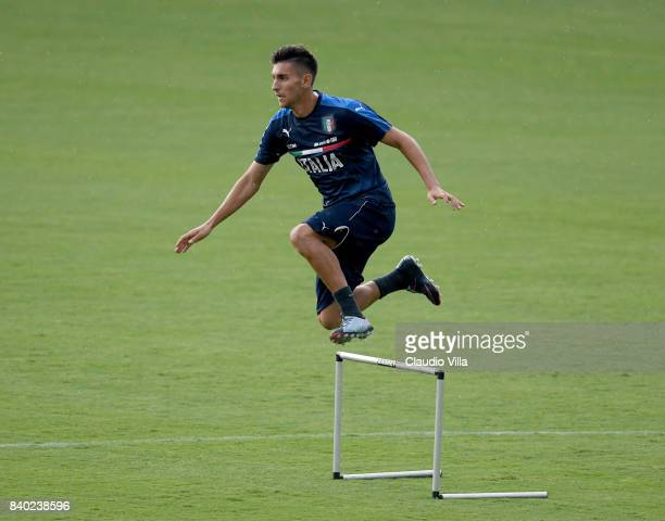 Lorenzo Pellegrini of Italy in action during a training session at Coverciano on August 28 2017 in Florence Italy