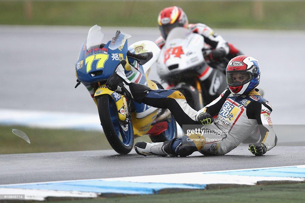 Lorenzo Petrarca of Italy and Team Italia crashes during free practice for the 2016 MotoGP of Australia at Phillip Island Grand Prix Circuit on October 21, 2016 in Phillip Island, Australia.