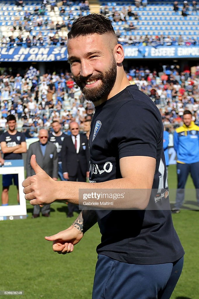 Lorenzo Tonelli of Empoli FC reacts during the Serie A match between Empoli FC and Bologna FC at Stadio Carlo Castellani on May 1, 2016 in Empoli, Italy.