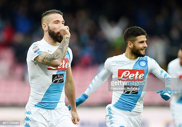 Lorenzo Tonelli of Napoli celebrates after scoring goal 10 during the Serie A match between SSC Napoli and Pescara Calcio at Stadio San Paolo on...