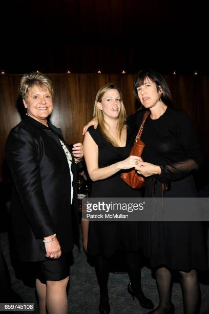 Loretta Anderson Melinda Anderson and Lisa Birnbach attend PARADE MAGAZINE and SI Newhouse Jr honor Walter Anderson at The 4 Seasons Grill Room on...