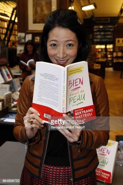 Loretta Lazar attends Bertrand Matteoli Signing Book 'Bien Dans Sa Peau' at Librairie Galignali on March 18 2017 in Paris France