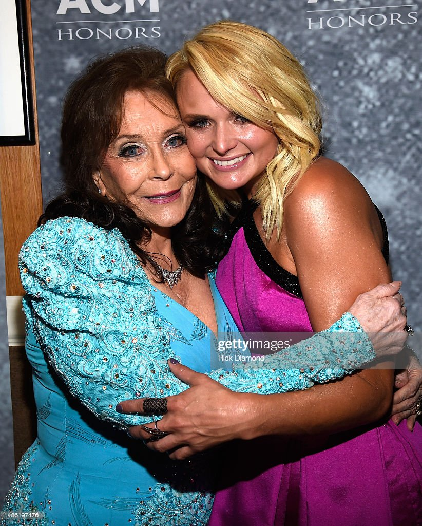 Loretta Lynn and Miranda Lambert pose backstage during the 9th Annual ACM Honors at the Ryman Auditorium on September 1 2015 in Nashville Tennessee