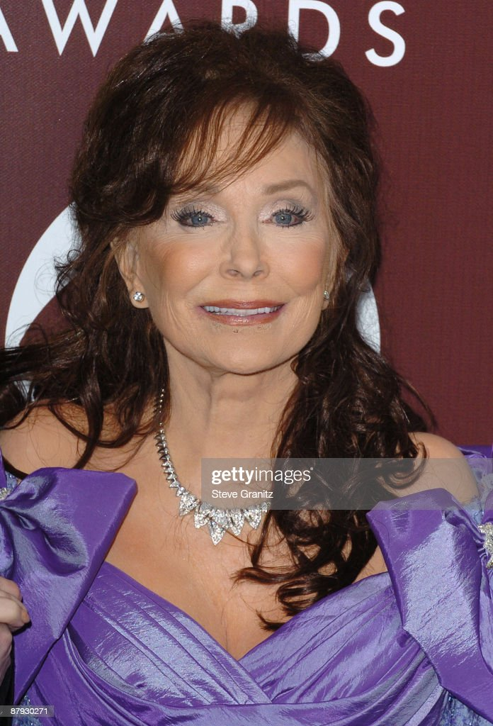 <a gi-track='captionPersonalityLinkClicked' href=/galleries/search?phrase=Loretta+Lynn&family=editorial&specificpeople=213139 ng-click='$event.stopPropagation()'>Loretta Lynn</a> (Photo by SGranitz/WireImage for The Recording Academy (View ONLY))