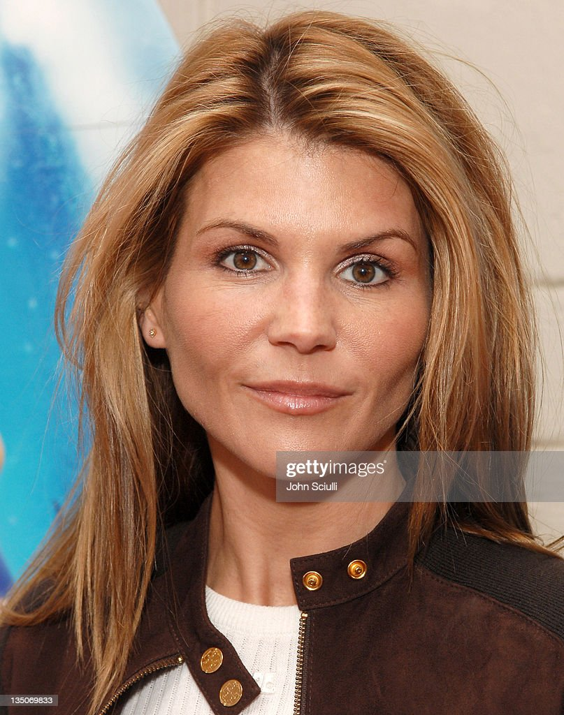 lori loughlin - photo #22