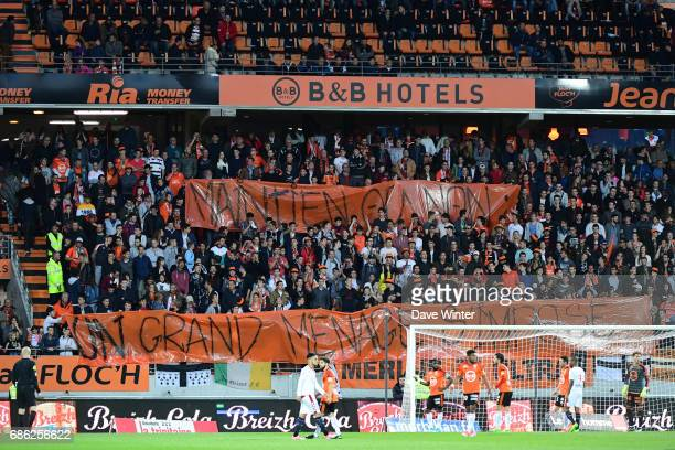 Lorient fans hold up a banner during the Ligue 1 match between FC Lorient and FC Girondins de Bordeaux at Stade du Moustoir on May 20 2017 in Lorient...