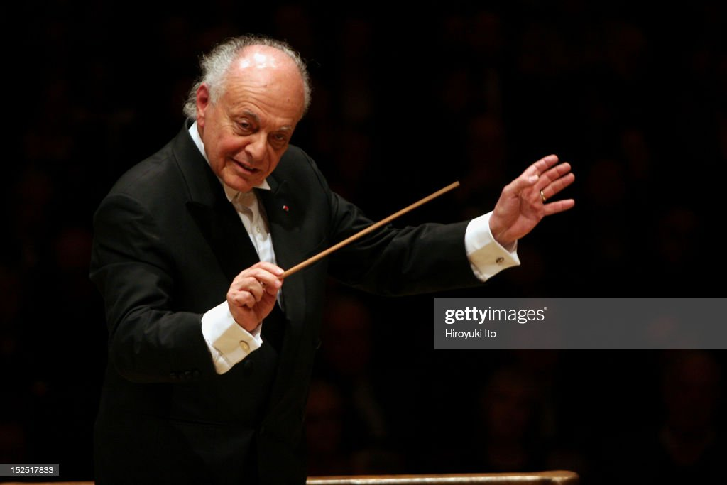 <a gi-track='captionPersonalityLinkClicked' href=/galleries/search?phrase=Lorin+Maazel&family=editorial&specificpeople=935587 ng-click='$event.stopPropagation()'>Lorin Maazel</a> leading the Boston Symphony Orchestra in two Beethoven Symphonies (No. 6 & 7) at Carnegie Hall on Monday night, November 2, 2009.