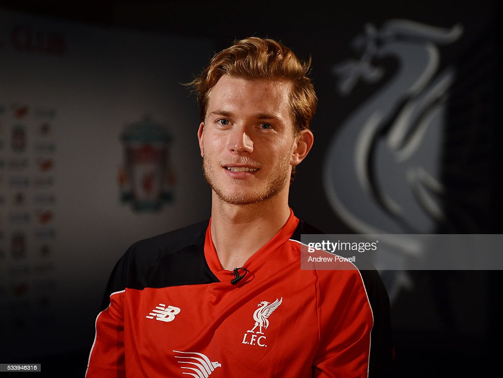 <a gi-track='captionPersonalityLinkClicked' href=/galleries/search?phrase=Loris+Karius&family=editorial&specificpeople=5526970 ng-click='$event.stopPropagation()'>Loris Karius</a> new signing of Liverpool at Melwood Training Ground on May 24, 2016 in Liverpool, England.