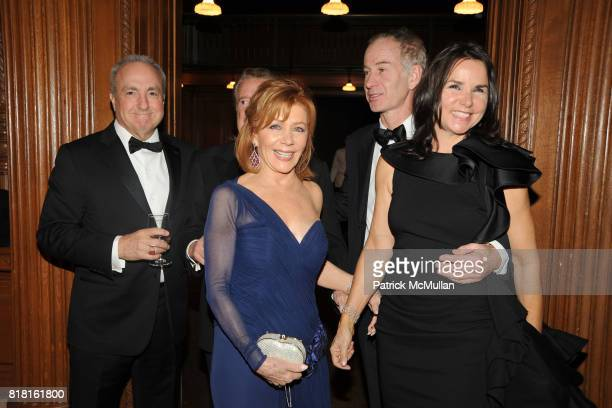Lorne Michaels Regis Philbin Joy Philbin John McEnroe and Patty Smyth attend The 2010 LIBRARY LIONS GALA at The New York Public Library on November 1...