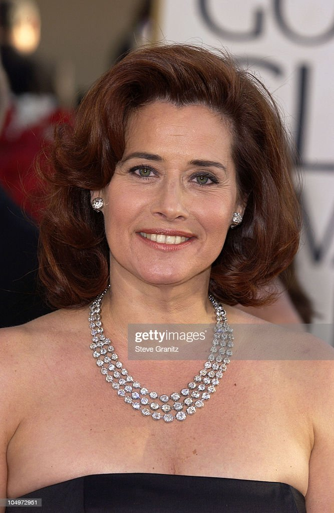 <a gi-track='captionPersonalityLinkClicked' href=/galleries/search?phrase=Lorraine+Bracco&family=editorial&specificpeople=202545 ng-click='$event.stopPropagation()'>Lorraine Bracco</a> arrives at the Golden Globe Awards at the Beverly Hilton January 20, 2002 in Beverly Hills, California.