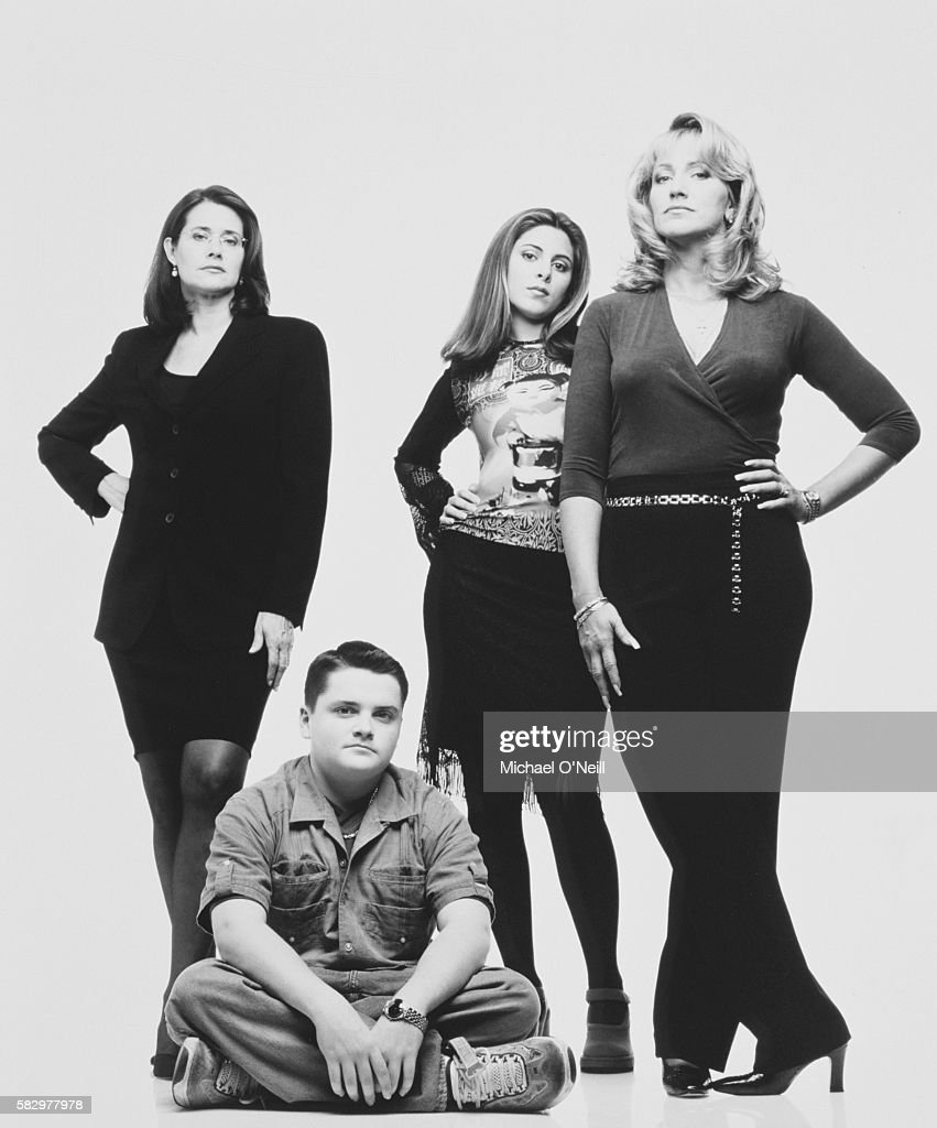Lorraine Bracco with Jamie-Lynn Sigler, Robert Iler and Edie Falco