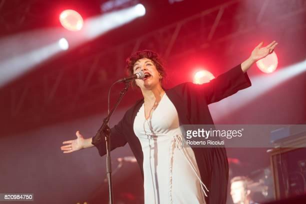 Lorraine McIntosh of Scottish pop rock band Deacon Blue performs on stage at Edinburgh Castle on July 22 2017 in Edinburgh Scotland