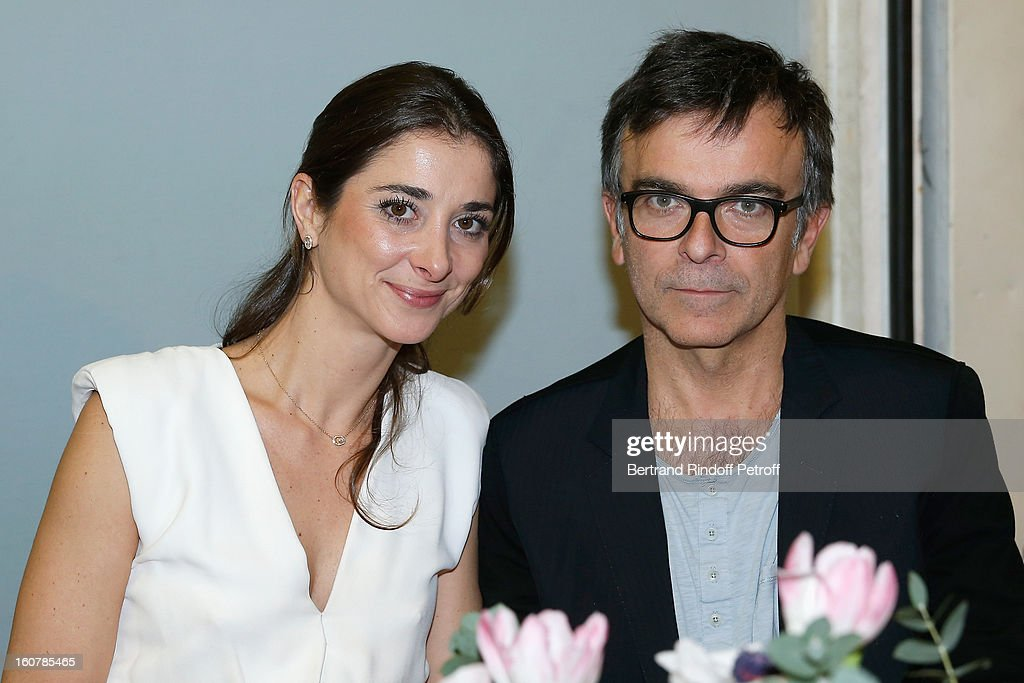 Lorraine Ricard (L) and Fabrice Hyber attend the 8th Annual Dinner of the 'Societe Des Amis Du Musee D'Art Moderne' at Centre Pompidou on February 5, 2013 in Paris, France.