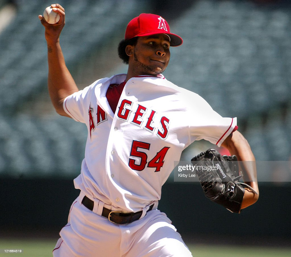 Los Angeles Angels of Anaheim starter <a gi-track='captionPersonalityLinkClicked' href=/galleries/search?phrase=Ervin+Santana&family=editorial&specificpeople=243096 ng-click='$event.stopPropagation()'>Ervin Santana</a> pitches during 8-4 victory over the Baltimore Orioles at Angel Stadium in Anaheim, Calif. on Wednesday, September 6, 2006. Santana pitched seven innings, allowing four earned runs in the win to improve to 14-7.