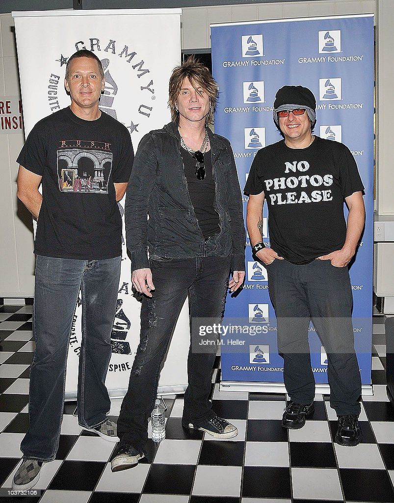 Los Angeles area high school and college students attend the Grammy Foundation's sound check with the Goo Goo Dolls (L-R) Drums <a gi-track='captionPersonalityLinkClicked' href=/galleries/search?phrase=Mike+Malinin&family=editorial&specificpeople=883519 ng-click='$event.stopPropagation()'>Mike Malinin</a>, Lead Vocals and Guitar <a gi-track='captionPersonalityLinkClicked' href=/galleries/search?phrase=John+Rzeznik&family=editorial&specificpeople=220876 ng-click='$event.stopPropagation()'>John Rzeznik</a> and Bass Guitar <a gi-track='captionPersonalityLinkClicked' href=/galleries/search?phrase=Robby+Takac&family=editorial&specificpeople=778886 ng-click='$event.stopPropagation()'>Robby Takac</a> at the Greek Theater on August 29, 2010 in Los Angeles, California.
