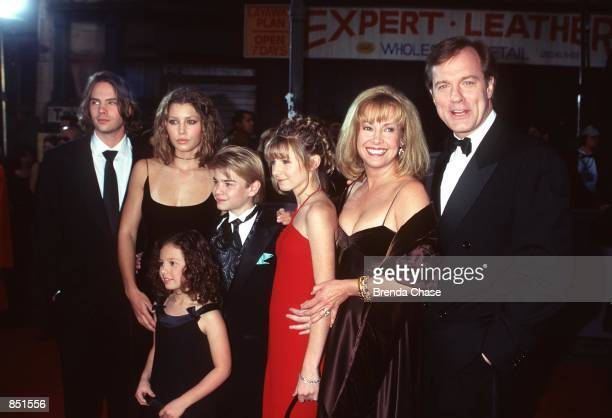 Los Angeles CA Jessica Biel and the Cast of '7th Heaven' at the First Annual TV Guide Awards