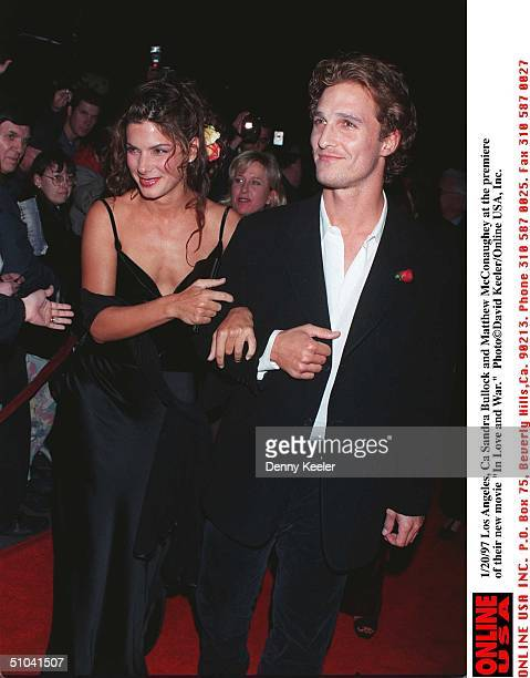 Los Angeles Ca Matthew Mcconaughey And Sandra Bullock At The Premiere Of Their New Movie 'In Love And War'
