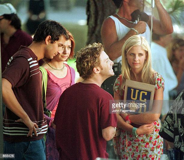 Los Angeles CA Sarah Michelle Gellar with costar Alyson Hannigan and Seth Green at the UCLA campus shooting 'Buffy The Vampire Slayer' Photo by ''99...