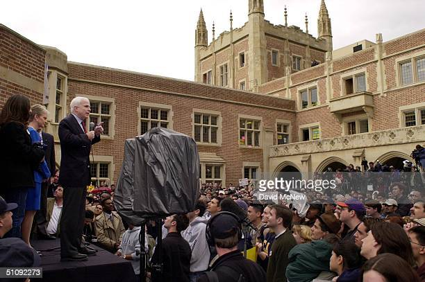 Los Angeles California Republican Presidential Hopeful John Mccain Backed By His Wife Cindy Addresses Students On The Eve Of 'Super Tuesday'...