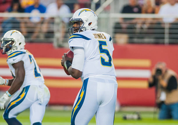 ... Los Angeles Chargers running back Kenjon NFL AUG 31 Preseason - Chargers  at 49ers ... 07083152a