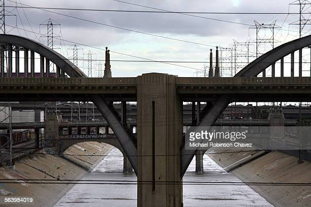 Los Angeles city officials are considering desinating 11 bridges that span the Los Angeles River as historic–cultural landmarks including many of the...