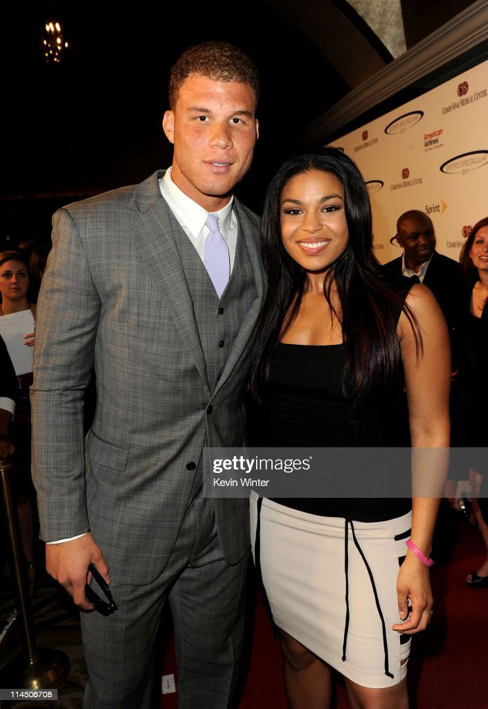 Los Angeles Clippers basketball player <a gi-track='captionPersonalityLinkClicked' href=/galleries/search?phrase=Blake+Griffin+-+Basketball+Player&family=editorial&specificpeople=4216010 ng-click='$event.stopPropagation()'>Blake Griffin</a> (L) and singer <a gi-track='captionPersonalityLinkClicked' href=/galleries/search?phrase=Jordin+Sparks&family=editorial&specificpeople=4165535 ng-click='$event.stopPropagation()'>Jordin Sparks</a> arrives at the 2011 Cedars Sinai Sports Spectacular at Hyatt Regency Century Plaza on May 22, 2011 in Beverly Hills, California.