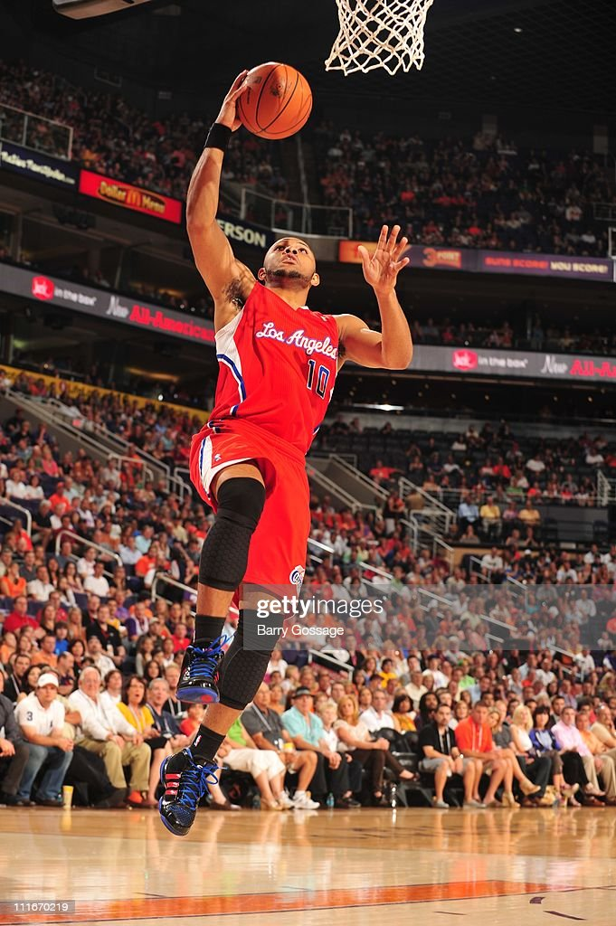 Los Angeles Clippers shooting guard <a gi-track='captionPersonalityLinkClicked' href=/galleries/search?phrase=Eric+Gordon+-+Basketball+Player&family=editorial&specificpeople=4212733 ng-click='$event.stopPropagation()'>Eric Gordon</a> #10 goes to the basket during the game against the Phoenix Suns in an NBA game played on April 1, 2011 at U.S. Airways Center in Phoenix, Arizona.