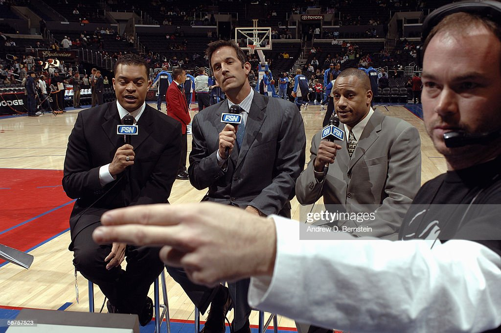 Los Angeles Clippers' TV broadcaster Michael Smith prepares for an interview before the game with the Dallas Mavericks on January 20 2006 at Staples...