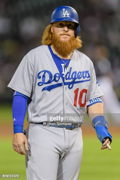 Los Angeles Dodgers designated hitter Justin Turner looks to the crowd in the 6th inning during an MLB game between the Los Angeles Dodgers and the...