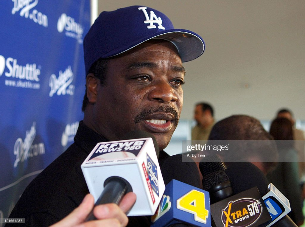 Los Angeles Dodgers hitting coach <a gi-track='captionPersonalityLinkClicked' href=/galleries/search?phrase=Eddie+Murray&family=editorial&specificpeople=210573 ng-click='$event.stopPropagation()'>Eddie Murray</a> answers questions from reporters at the press conference to announce the 2006 coaching staff at Dodger Stadium in Los Angeles, California on Wednesday, January 11, 2006.