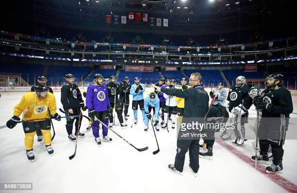 Los Angeles Kings head coach John Stevens talks to his players during their practice at MercedesBenz Arena September 20 2017 in Shanghai China The...