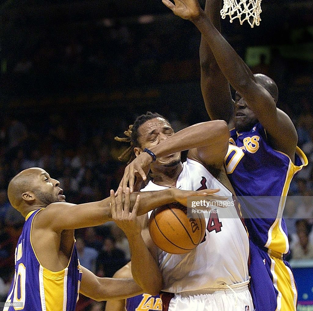 Los Angeles Lakers guard Brian Shaw L fouls Mia