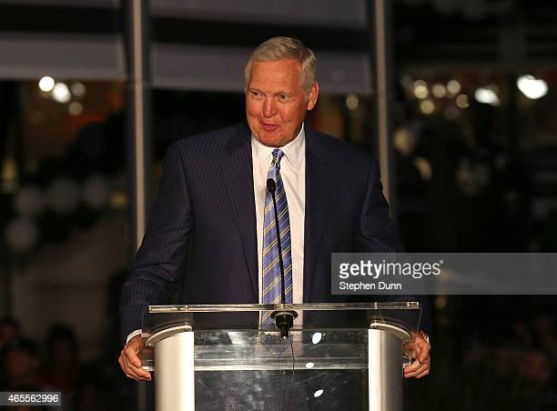 Los Angeles Lakers legend jerry West speaks at ceremonies unveiling a statue of Hockey Hall of Famer and Los Angeles Kings legend Luc Robitaille on...