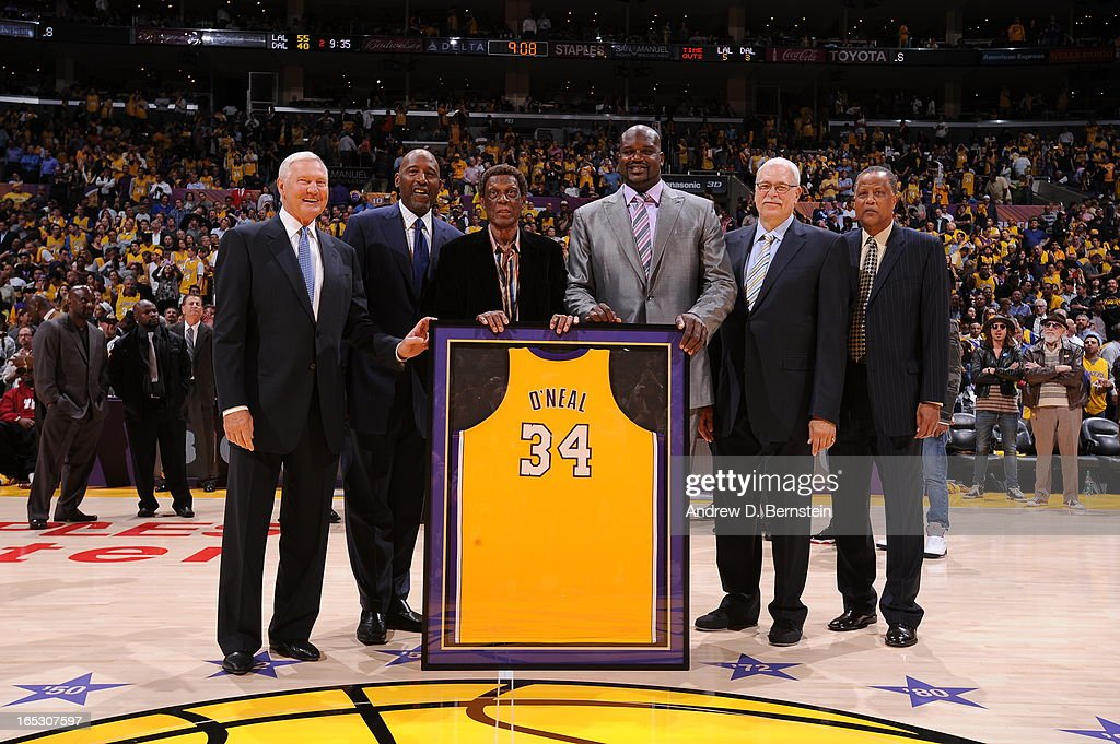 Los Angeles Lakers legends <a gi-track='captionPersonalityLinkClicked' href=/galleries/search?phrase=Jerry+West&family=editorial&specificpeople=206255 ng-click='$event.stopPropagation()'>Jerry West</a>, <a gi-track='captionPersonalityLinkClicked' href=/galleries/search?phrase=James+Worthy&family=editorial&specificpeople=212863 ng-click='$event.stopPropagation()'>James Worthy</a>, <a gi-track='captionPersonalityLinkClicked' href=/galleries/search?phrase=Elgin+Baylor&family=editorial&specificpeople=630226 ng-click='$event.stopPropagation()'>Elgin Baylor</a>, <a gi-track='captionPersonalityLinkClicked' href=/galleries/search?phrase=Shaquille+O%27Neal&family=editorial&specificpeople=201463 ng-click='$event.stopPropagation()'>Shaquille O'Neal</a>, <a gi-track='captionPersonalityLinkClicked' href=/galleries/search?phrase=Phil+Jackson&family=editorial&specificpeople=201756 ng-click='$event.stopPropagation()'>Phil Jackson</a>, and <a gi-track='captionPersonalityLinkClicked' href=/galleries/search?phrase=Jamaal+Wilkes&family=editorial&specificpeople=796432 ng-click='$event.stopPropagation()'>Jamaal Wilkes</a> pose for a photograph at Staples Center on April 2, 2013 in Los Angeles, California.
