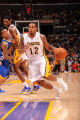 Los Angeles Lakers point guard Shannon Brown drives to the basket during the game against the Golden State Warriors at Staples Center on October 31...
