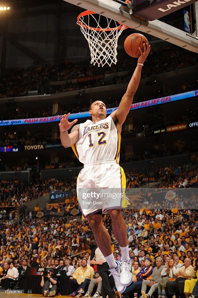 Los Angeles Lakers point guard Shannon Brown goes to the basket during the game against the New Orleans Hornets in Game One of the Western Conference...