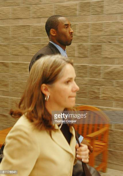 Los Angeles Lakers star Kobe Bryant and his attorney Pamela Mackey leave the Eagle County Justice Center August 16 2004 courtroom for a lunch break...
