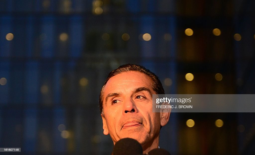 Los Angeles Mayor Antonio Villaraigosa addresses the media outside police headquarters in downtown Los Angeles on February 12, 2013 in California, in regards to the case of suspected cop killer Christopher Dorner. The LA Times reported a single gunshot was heard as police moved in on a mountain cabin where Dorner was believed to be barricaded in Big Bear, some 100 miles east of downtown Los Angeles. Meanwhile, a Los Angeles Police Department (LAPD) spokesman was cited as saying the force believed Dorner died inside the burning cabin in the mountains. AFP PHOTO / Frederic J. BROWN