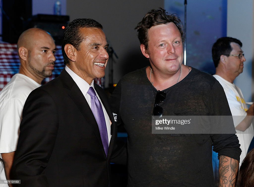 "Los Angeles Mayor <a gi-track='captionPersonalityLinkClicked' href=/galleries/search?phrase=Antonio+Villaraigosa&family=editorial&specificpeople=178925 ng-click='$event.stopPropagation()'>Antonio Villaraigosa</a> (L) and artist Urs Fischer attend ""Yesssss!"" MOCA Gala 2013, Celebrating the Opening of the Exhibition Urs Fischer, at MOCA Grand Avenue and The Geffen Contemporary on April 20, 2013 in Los Angeles, California."