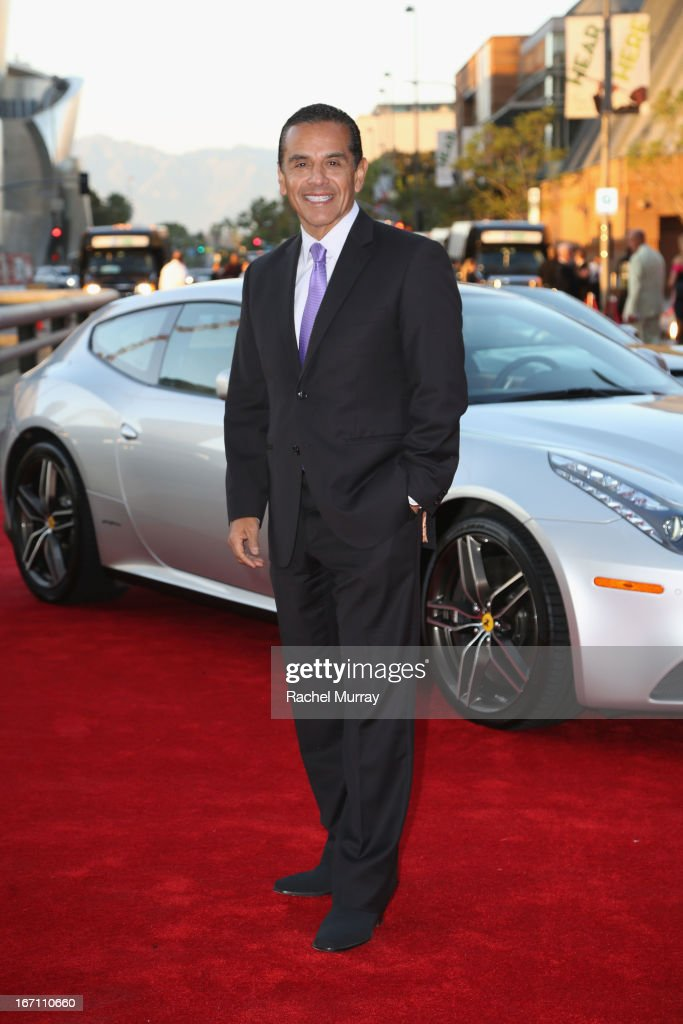 "Los Angeles Mayor <a gi-track='captionPersonalityLinkClicked' href=/galleries/search?phrase=Antonio+Villaraigosa&family=editorial&specificpeople=178925 ng-click='$event.stopPropagation()'>Antonio Villaraigosa</a> attends ""Yesssss!"" MOCA Gala 2013, Celebrating the Opening of the Exhibition Urs Fischer, at MOCA Grand Avenue and The Geffen Contemporary on April 20, 2013 in Los Angeles, California."