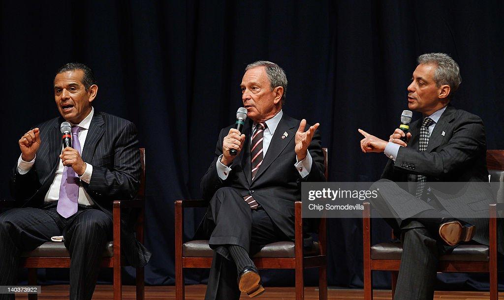 Los Angeles Mayor Antonio Villaraigosa New York Mayor Michael Bloomberg and Chicago Mayor Rahm Emanuel participate in a forum about education in big...