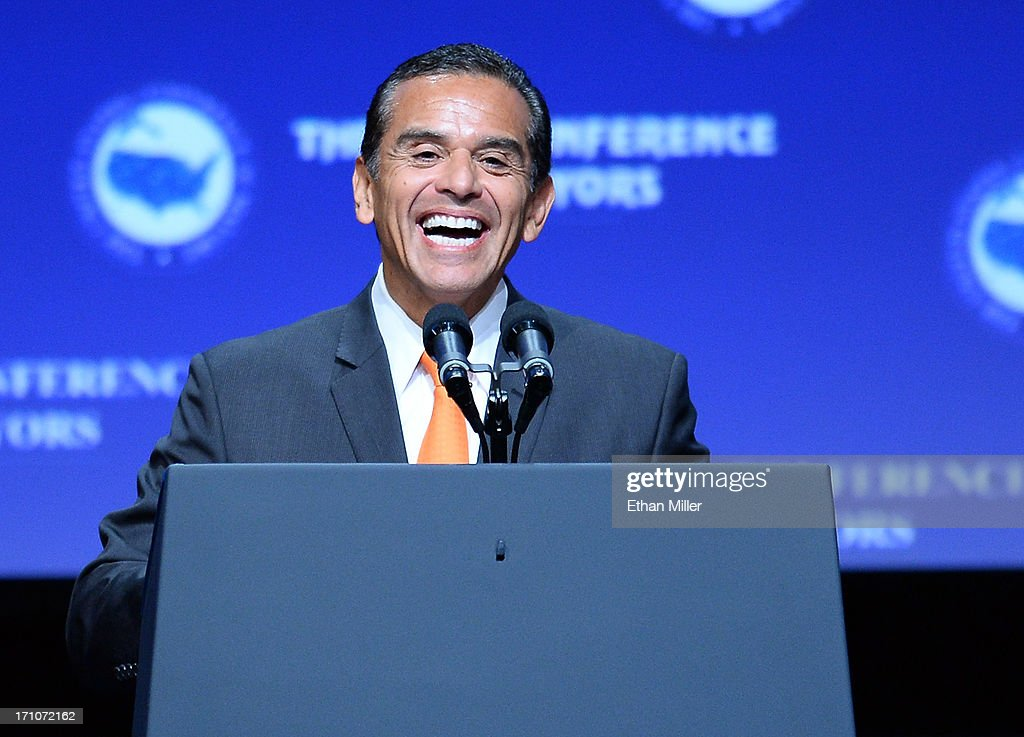 Los Angeles Mayor <a gi-track='captionPersonalityLinkClicked' href=/galleries/search?phrase=Antonio+Villaraigosa&family=editorial&specificpeople=178925 ng-click='$event.stopPropagation()'>Antonio Villaraigosa</a> speaks at the 81st annual U.S. Conference of Mayors at the Mandalay Bay Convention Center on June 21, 2013 in Las Vegas, Nevada. U.S. Vice President Joe Biden spoke at the conference addressing about 150 mayors from across the country on issues including the economy, immigration reform and gun violence.