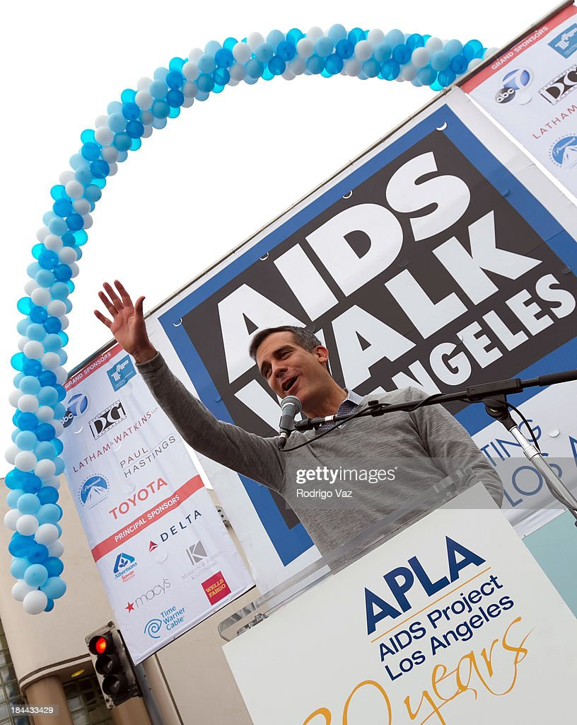 Los Angeles Mayor <a gi-track='captionPersonalityLinkClicked' href=/galleries/search?phrase=Eric+Garcetti&family=editorial&specificpeople=635706 ng-click='$event.stopPropagation()'>Eric Garcetti</a> attends the 29th Annual AIDS Walk LA on October 13, 2013 in West Hollywood, California.