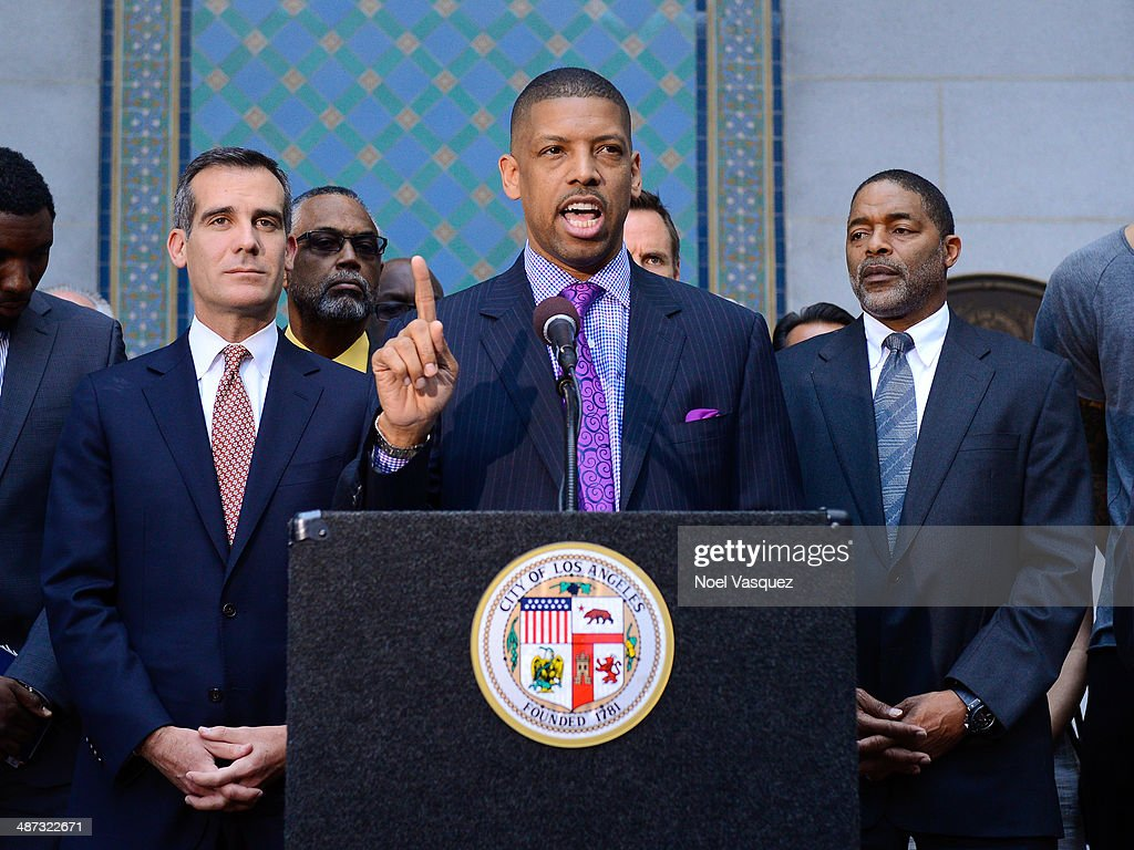 Los Angeles Mayor Eric Garcetti Sacramento Mayor Kevin Johnson and former Los Angeles Lakers Norm Nixon addresses the media during the press...