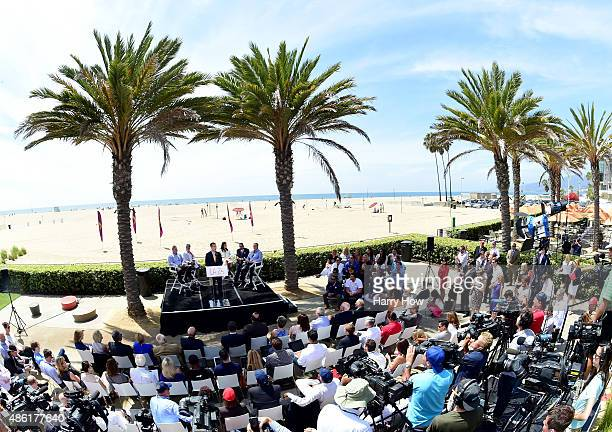 Los Angeles Mayor Eric Garcetti speaks at a press conference to officially launch a Los Angeles 2024 Olympic and Paralympic games bid at Annenberg...