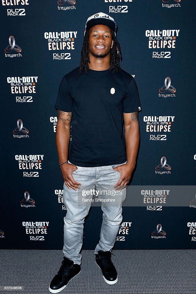 Los Angeles Rams running back Todd Gurley goes head-to-head against New York Jets running back Matt Forte in Call Of Duty: Black Ops3 to celebrate the launch of Eclipse DLC on April 18, 2016 in Santa Monica, California.
