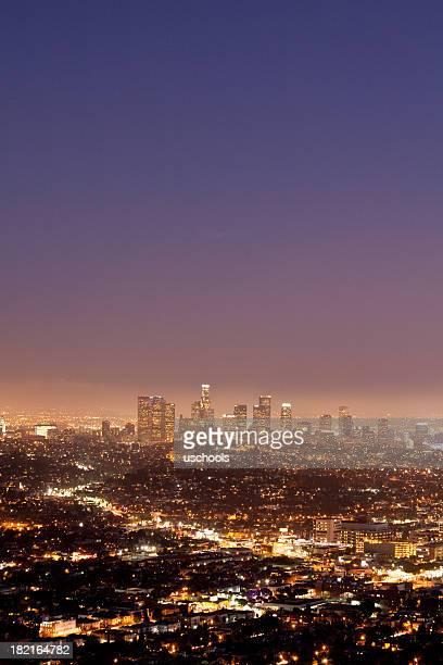 ロサンゼルスの街並みの夕暮れ