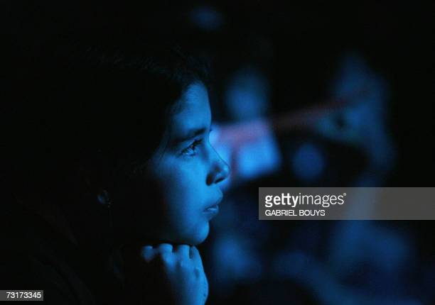 A girls listens to eighttime Grammy Award winner Natalie Cole perform for more than 500 students from Los Angelesarea public schools to promote the...